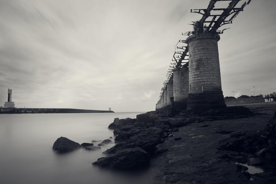 photo paysage mer océan pose longue minimal noir et blanc voyage photographe toulouse