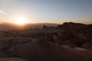Roadtrip désert montagne couché de soleil Californie Zabriskie point Las Vegas Los Angeles San Francisco blog carnet de voyage